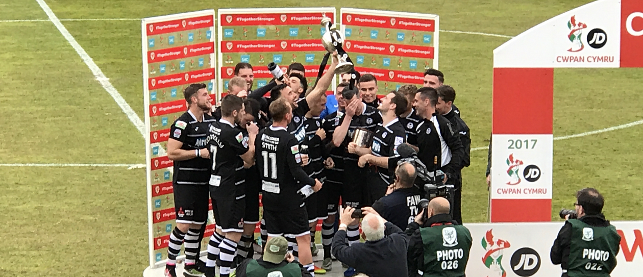 Bala Town win the Welsh Cup in 2017
